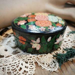 Vintage painted trinket box!